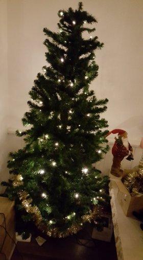 kerstboom aftuigen